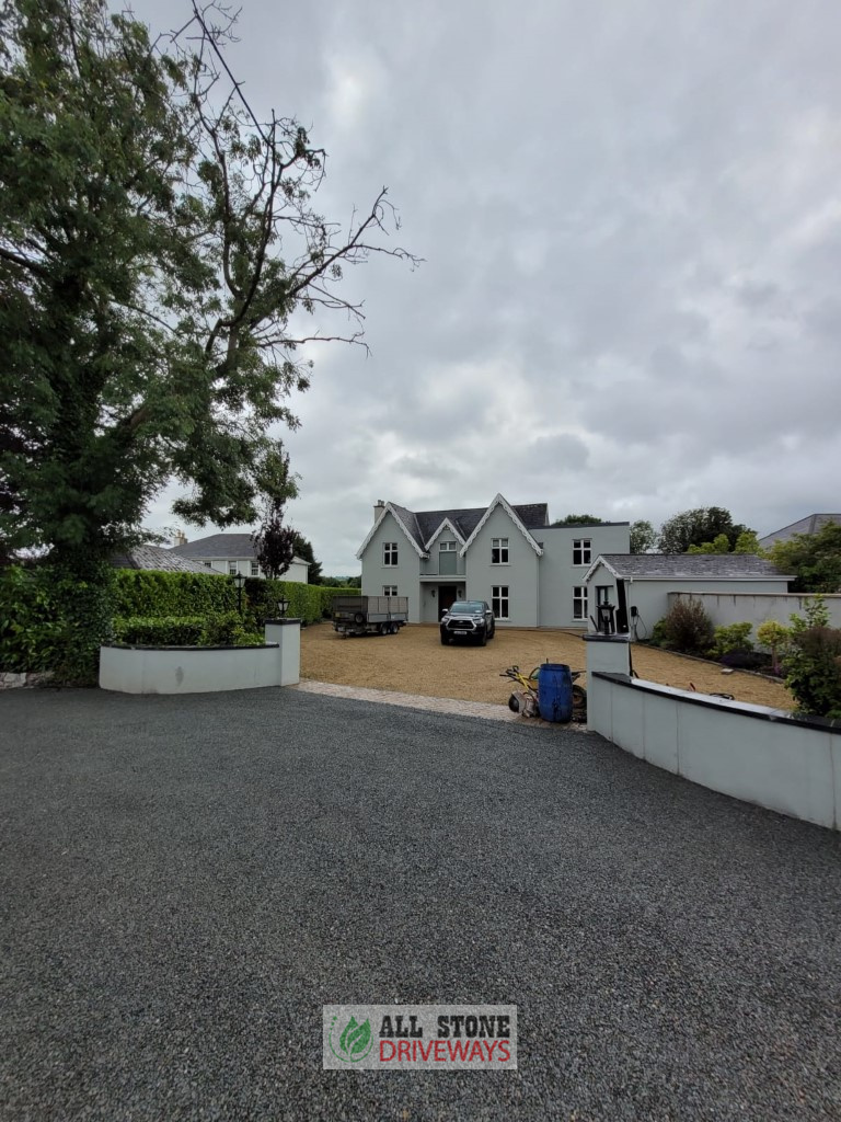 Double Coated Tar and Chip Driveway in Blackrock, Cork