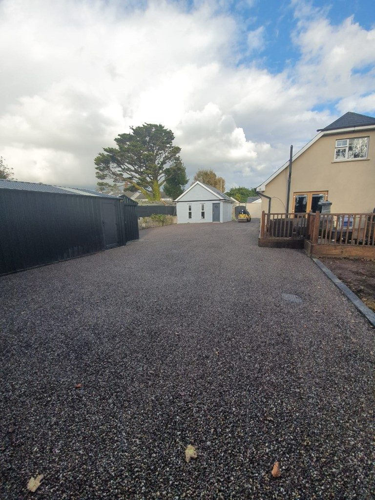 Double Coated Tar and Chip Driveway in East Cork