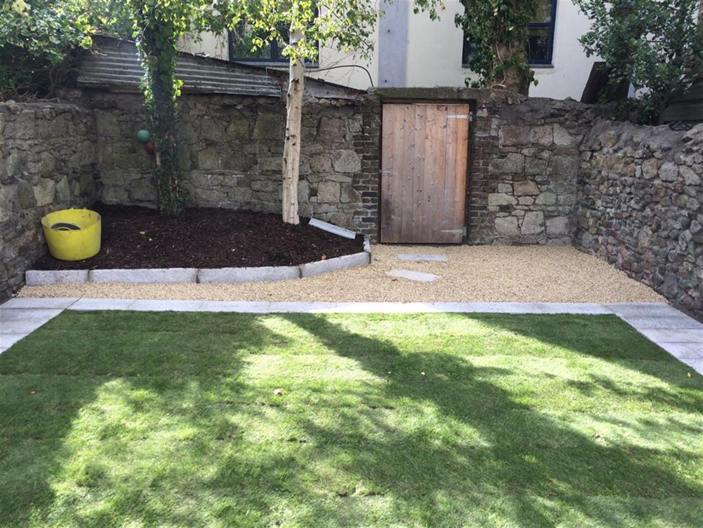 Garden Lawn Specialists