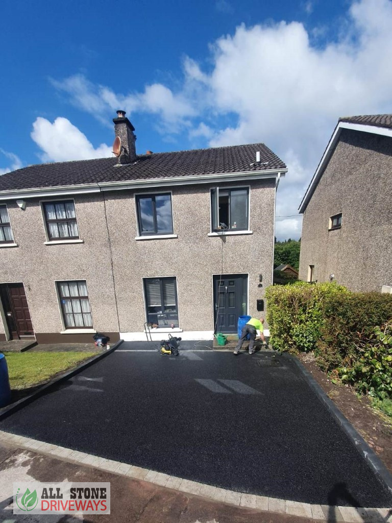 SMA Driveway with Charcoal Kerbing in Cork City
