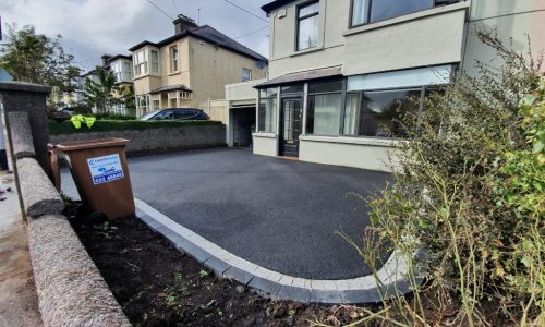 SMA Driveway with Cobbles and Kerbstone Border in Cork City