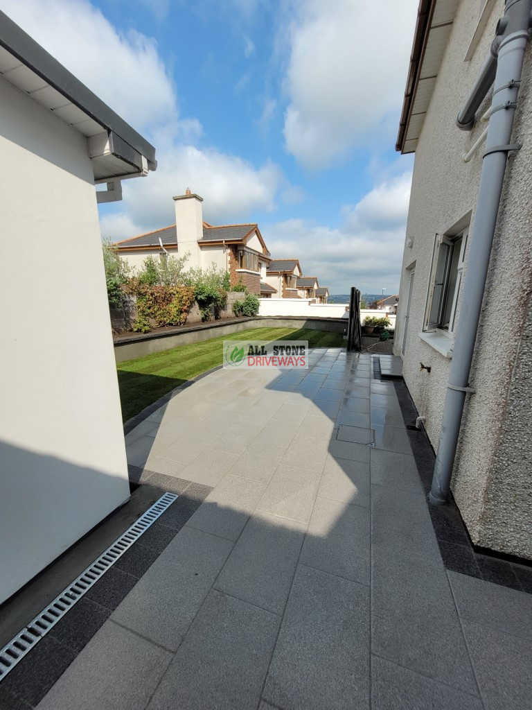 Silver Granite Patio with Plastered Wall in Togher, Cork